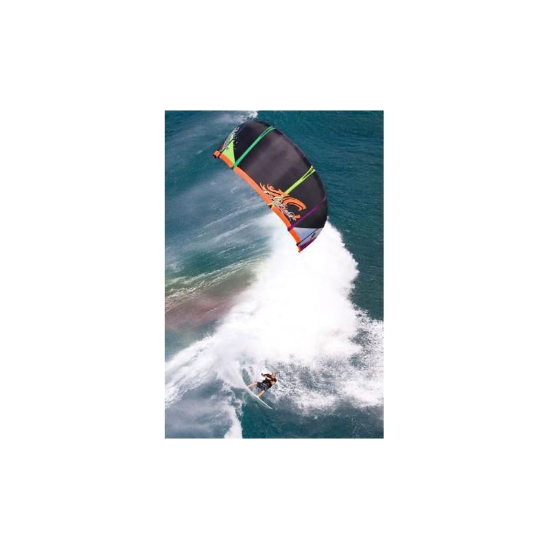 Cabrinha Nomad Freestyle Kite 2010 9 qm avec barre