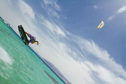 Core-GTS-Kites-action12-420px
